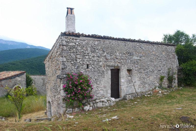 Una casetta delle pagliare di Tione, L'Aquila, Abruzzo